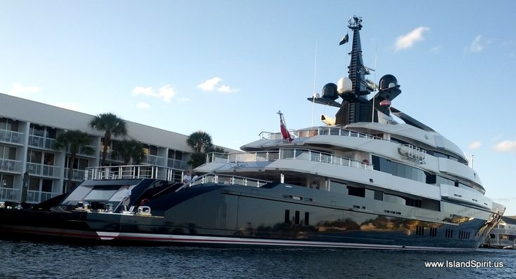 Seven seas yacht off of fort lauderdale winner can 39 t for Motor yacht seven seas