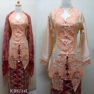Kebaya modern -- the embroidery!