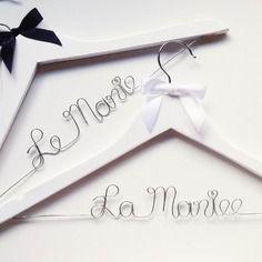 Cintre mariage personnalisé avec nom pour robe de mariée, cadeau témoins, demoiselles d honneur, invités, evjf, fait