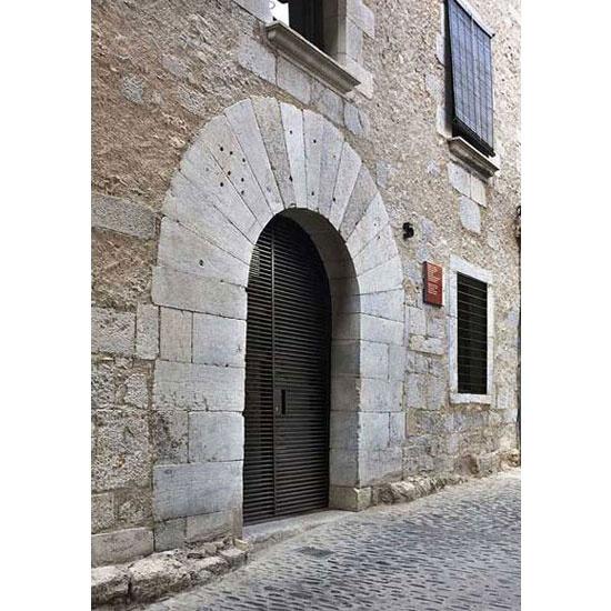 Alemanys 5, Girona by Anna Noguera Architect