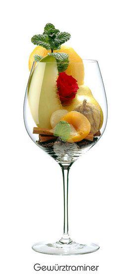 GEWÜRZTRAMINER:  Grapefruit (Schale), Birne, Feige (getrocknet), Aprikose, Litschi, Rose, Minze, Zimt, Gewürznelke