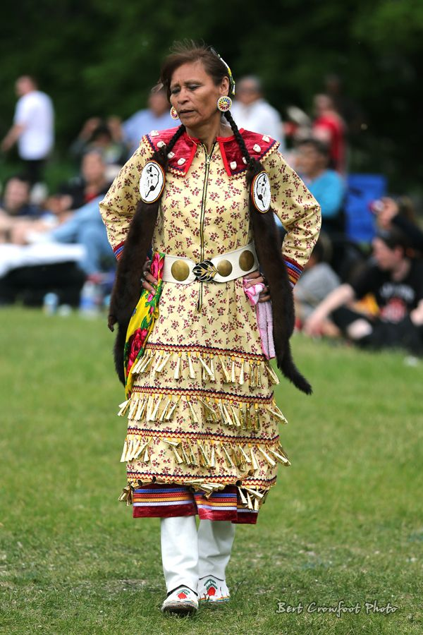 Aboriginal Day Powwow Winnipeg | Jingle Dresses ...
