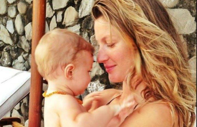 Benjamin Rein e Vivian Lake são os nomes dos filhos de Gisele Bundchen e Tom Brady. Quer saber mais nomes exóticos dos babys das celebridades? www.taofeminino.com.br