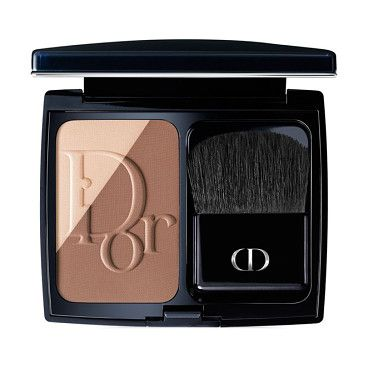 Blush sculpt by Dior. The first contouring blush by Dior, Diorblush Sculpt allows you to easily redefine the face's str...