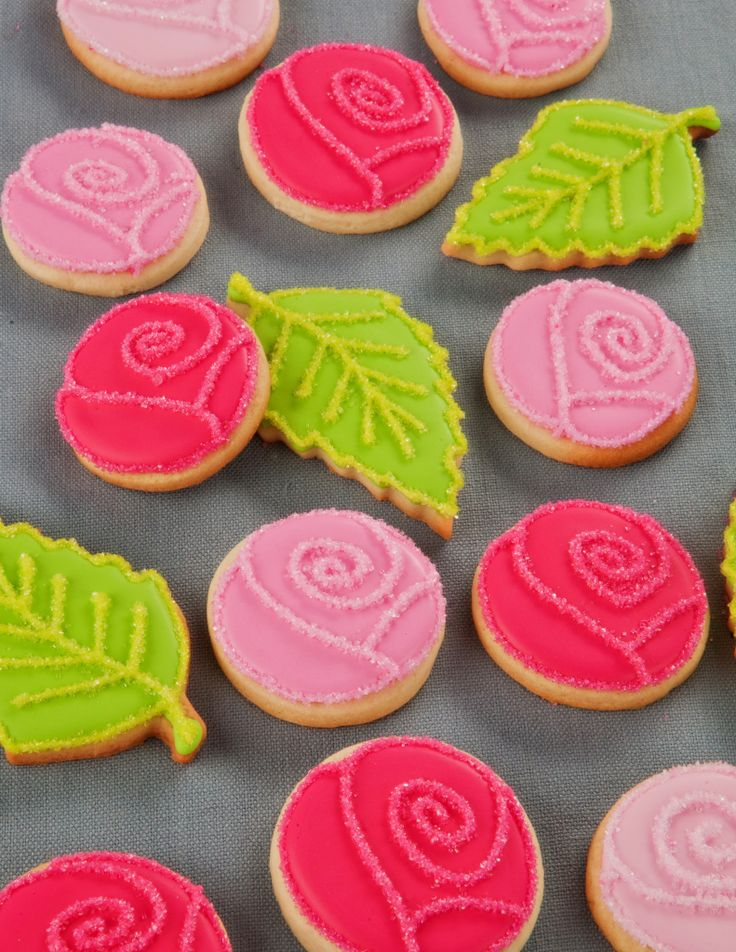Roses sugar cookies using a round cutter
