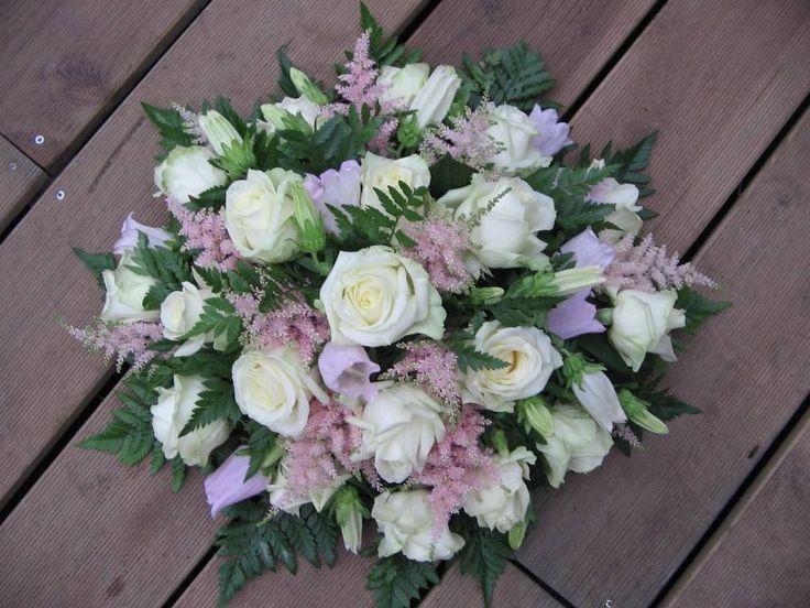 biedermeier rouwstuk - funeral spray