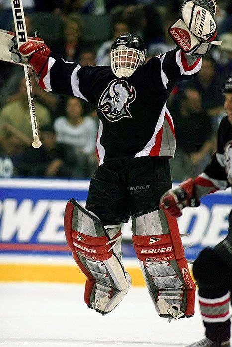 Dominik Hasek, Buffalo Sabres