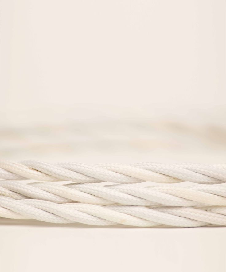 Vintage Fabric Electric Cable - Pure White Twisted - William&Watson
