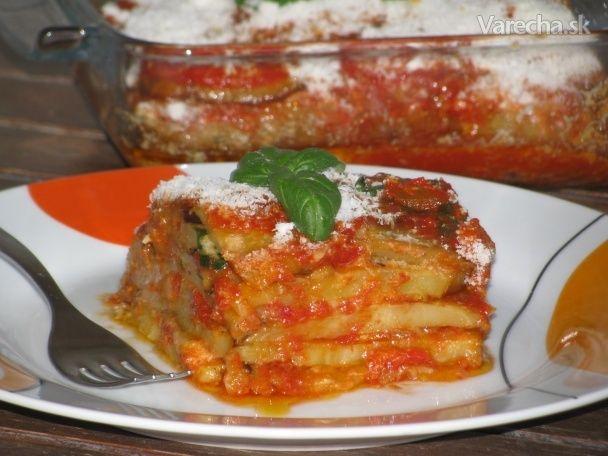 Melanzane alla parmigiana - vrstvené baklažány