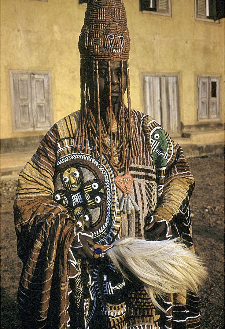 FROM YORUBALAND.ORG Sister Yeye Akilimali Funua Olade Ojogbon Alejo - (Visitor) ****** Offline Offline Gender: Female Posts: 2 a Sister from View Profile WWW THE DEATH OF YORUBA LANGUAGE? « on: Nov...