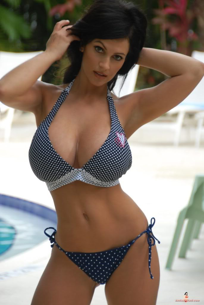 Denise Milani Pool Shoot gallery pictures