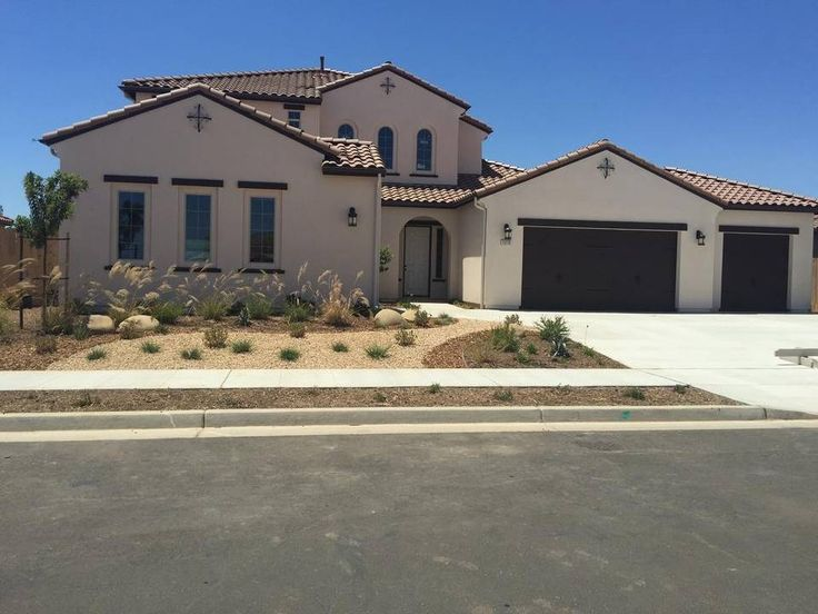 Benchmark Communities offers xeriscaping.