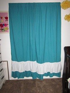 Apples 4 Bookworms: Curtains from a Fitted Sheet.... Plus Redone Dresser
