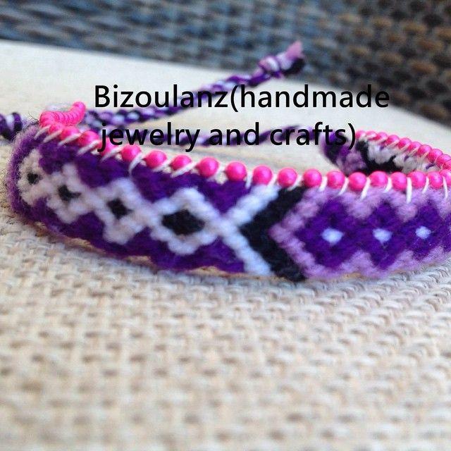 Purple friendship bracelet.  #friendshipbracelets#purple#macrame#chain#handmade#handmadejewelry#bracelet#bizoulanz#χειροποίητο#κόσμημα#βραχιόλι#μώβ