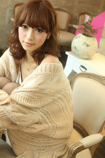 Long bangs, Japanese perm! Should I do this for the dinner tomorrow?