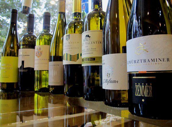 Дегустируем и выбираем вина в Москве: белые вина из сорта Гевюрцтраминер, с горных виноградников Альто Адидже