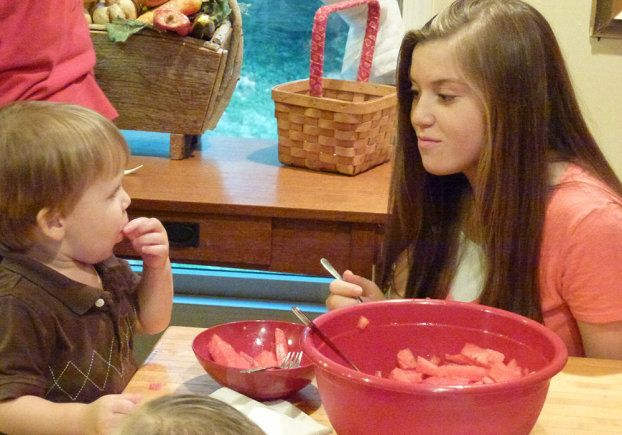 Michael and Joy Duggar enjoy a snack together.