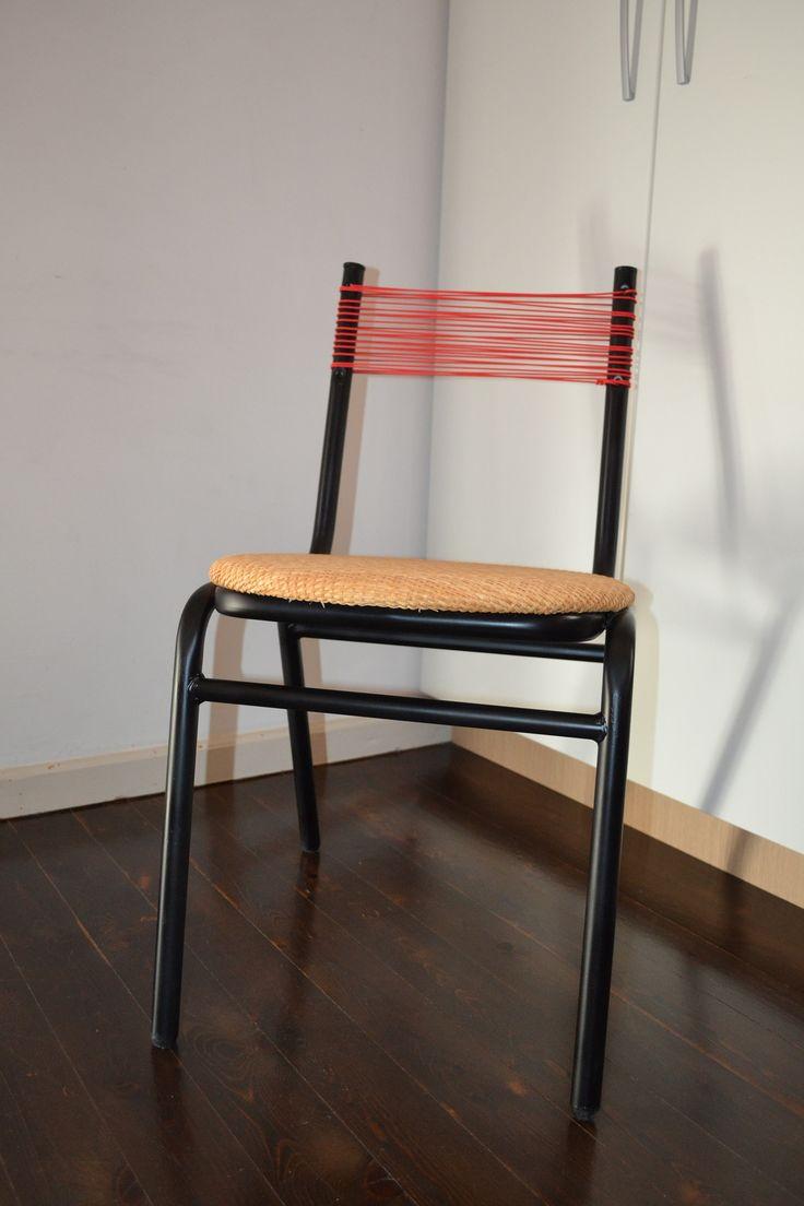 καρέκλα σχολική ανακατασκευή, ψάθινο κάθισμα και πλάτη από σχοινί.