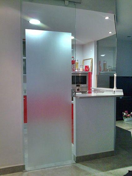 Puertas de cristal para la cocina cocinas pinterest - Puertas cocina cristal ...