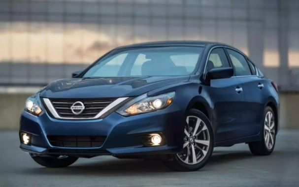 2018 Nissan Altima Colors, Release Date, Redesign, Price – Let us concur, the 2018 Nissan Altima is one of the most waited sedans. Nissan has been one of the leading automakers in the globe for a long time. Because 1993 Nissan Altima has satisfied most clients' flavor, they are visually i...