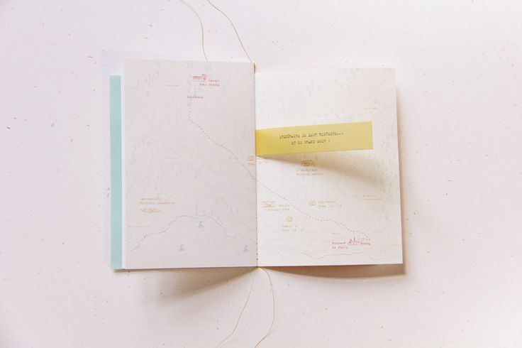 Wedding invitation - booklet by Allons-y Alonso ! Design d'invitations & fun.