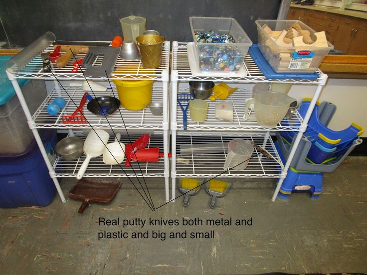materials sand and water tables