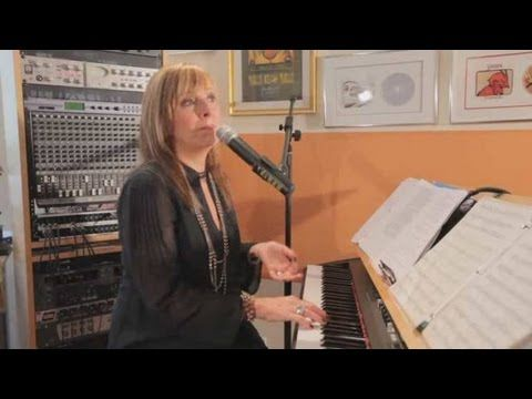 Pop Vocal Exercises: How to Warm Up with Humming  She is to the point and easy to understand. Performers don't just hop onstage with a brilliant singing voice, they do many vocal exercises to warm up their vocal chords. I recommend her other warm ups as well, they are very helpful.