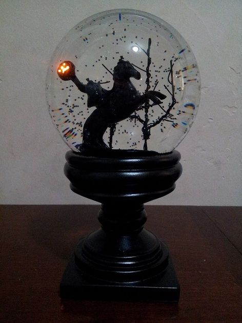 headless horseman snowglobe >> couldn't get anything off the link. If anyone sees this let me know where I can get it >>SS