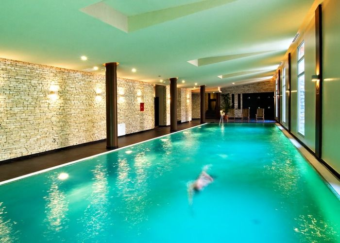 Swimming pool in Anna Grand Hotel**** Wine & Vital Balatonfüred http://annagrandhotel.hu/wellness-kueloenleges-eleterzes.html