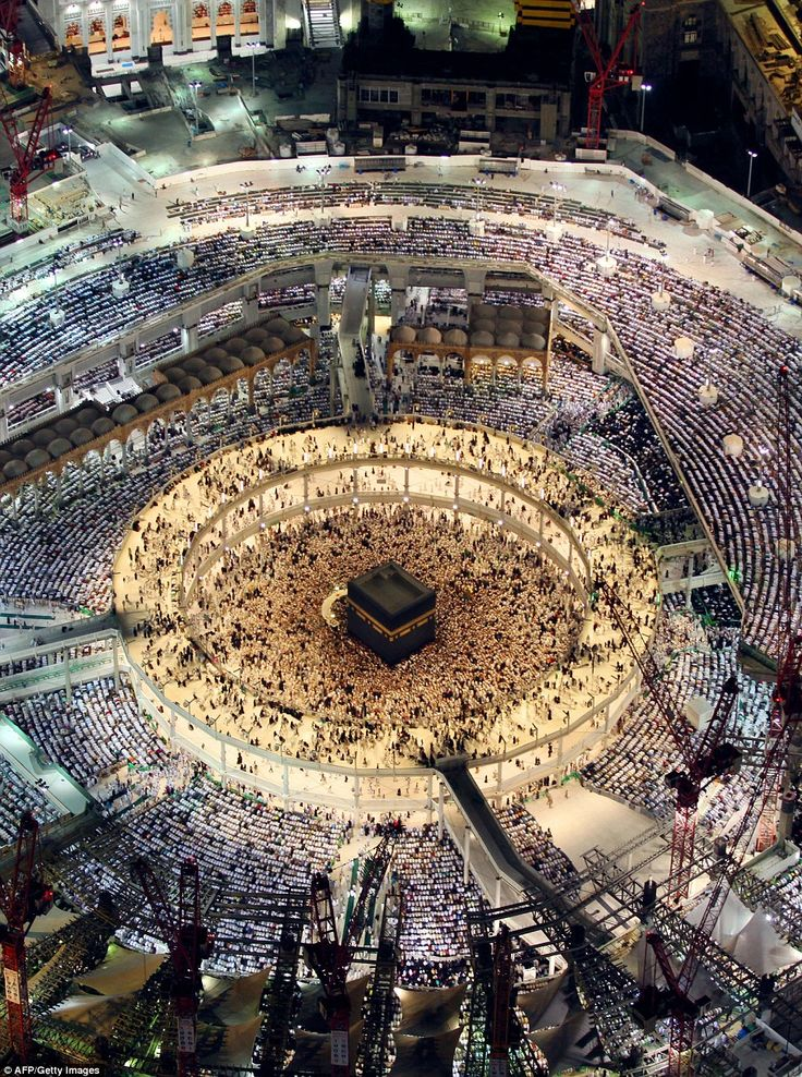 Anywhere up to 1.85 million visiting Muslims face in the direction of the Kaaba while performing obligatory daily prayers