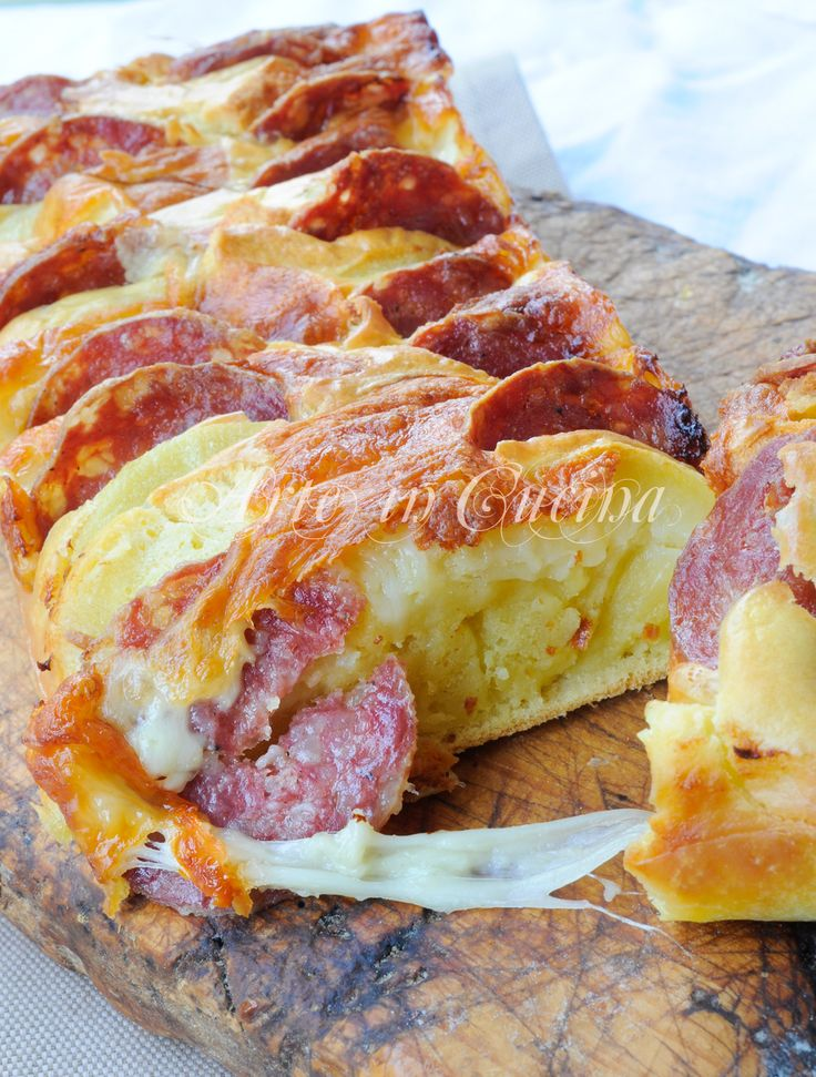 Plumcake patate, provola, salame, ricetta veloce, piatto unico, idea per la cena, antipasto, ricetta sfiziosa, feste, buffet, ricetta salata, senza lievitazione