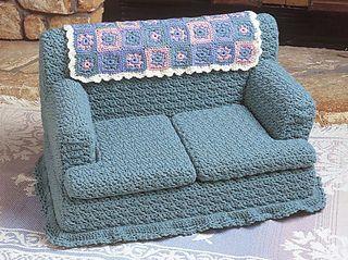 Green_sofa_small2