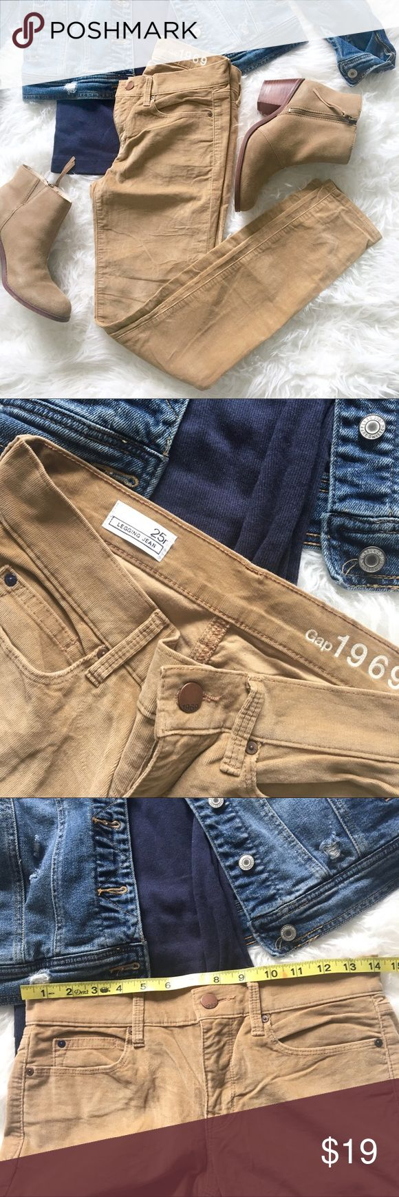 GAP Corduroy Slim Jean Legging Super soft, fine Corduroy jeggings are in excellent pre-owned condition. Perfect go-to fall & winter pant!   Lying flat waist measures about 14in GAP Pants Skinny