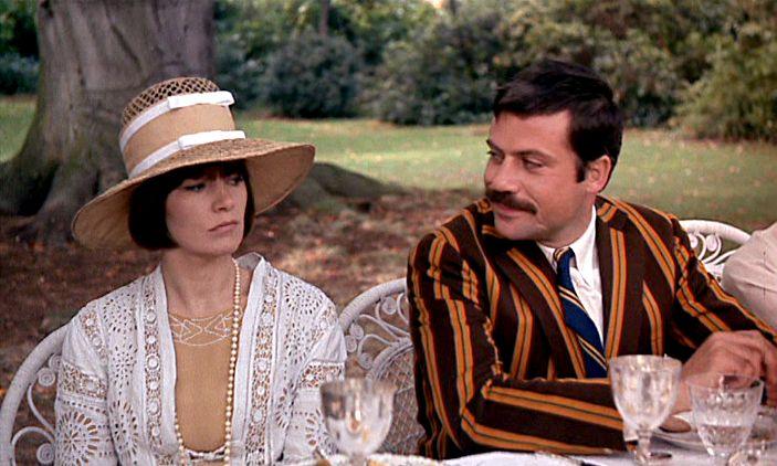 Glenda Jackson and Oliver Reed in Women in Love, 1969