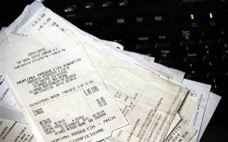 Αφορολόγητο, φοροαπαλλαγές και αποδείξεις στο τραπέζι