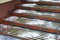 Dastech Hliníková protiskluzová rohož na schody - šroubovatelná