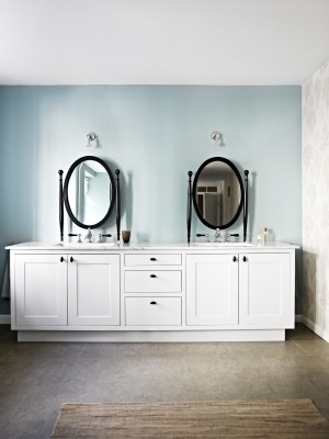 Carpe Taps / Lilley Light, Nina Nyborg Master Bathroom Featured In Bo Bedre  By AQUADOMO