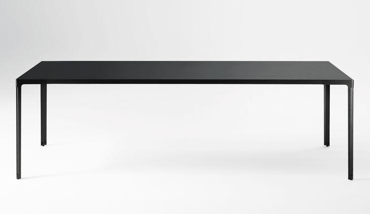 http://images.dopo-domani.com/media/catalog/product/d/e/desalto-fan-black.jpg