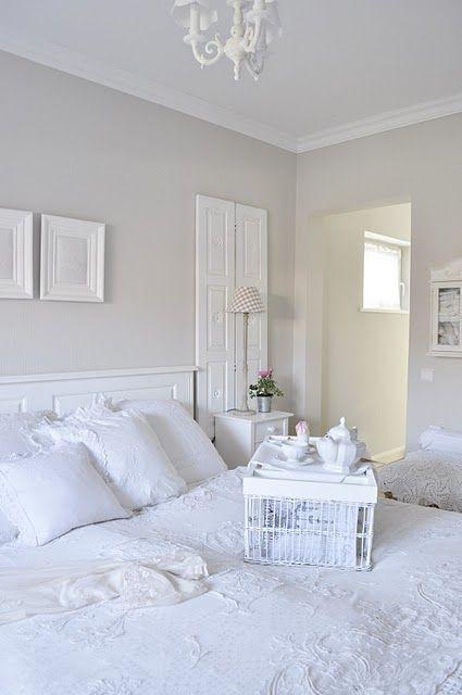 White room. Seww sereeenee