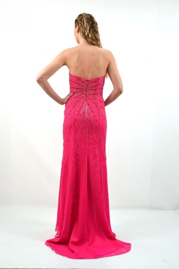 Φόρεμα μακρύ, γοργονε γραμμή.