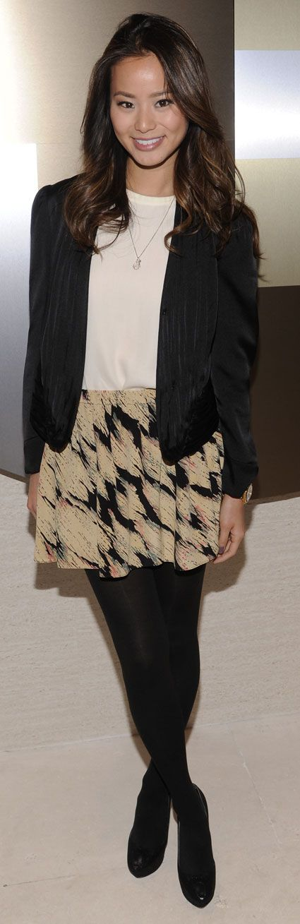 Jamie Chung always looks so effortlessly put together. Love the skirt and the blazer.