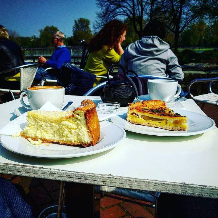 Kaffee & Kuchen am Museum für Ostasiatische Kunst. #cheescake #birne #marzipan #cappuccino #tee #tea #sun #spring #köln #cologne #instagood