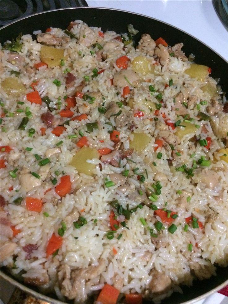 Si aún no sabes qué preparar para el almuerzo o cena, aquí te dejo una deliciosa opción👇🏼👇🏼👇🏼 ARROZ HAWAIANO 🌺🍍🍍🌺 https://cookpad.com/eeuu/recetas/2463045-arroz-hawaiano