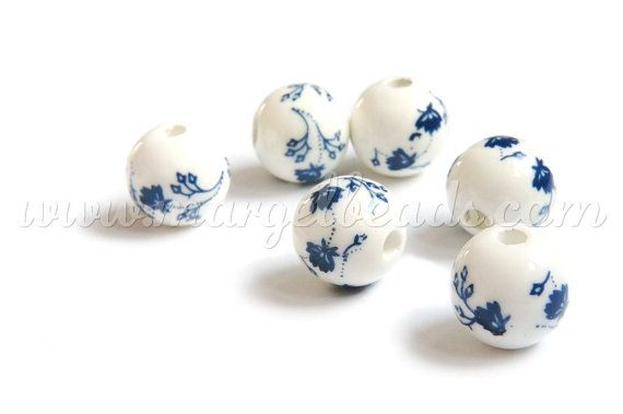 €2.00 5 pcs White Porcelain Sphere with Blue Flowers 16mm by Margelbeads
