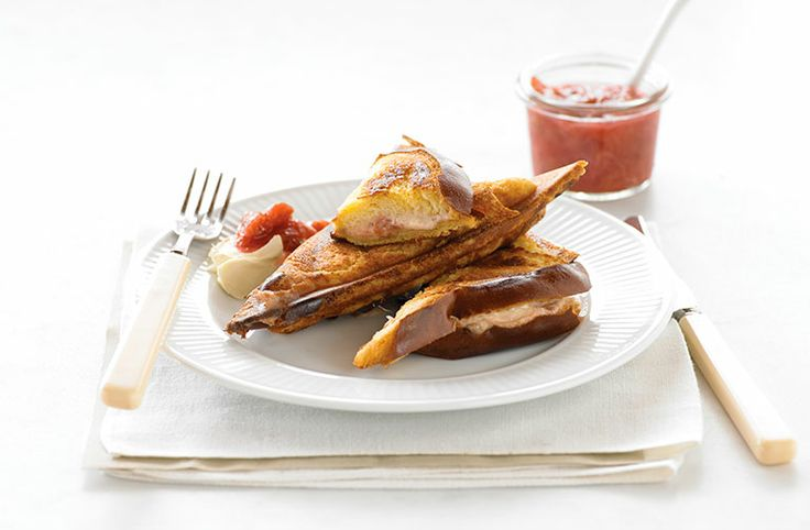 Rhubarb, Mascarpone and Vanilla Bean Jaffle - Food Thinkers by Breville