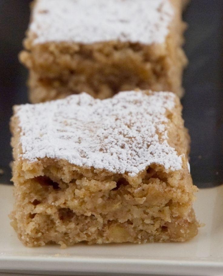 Recipe for applesauce pound cake