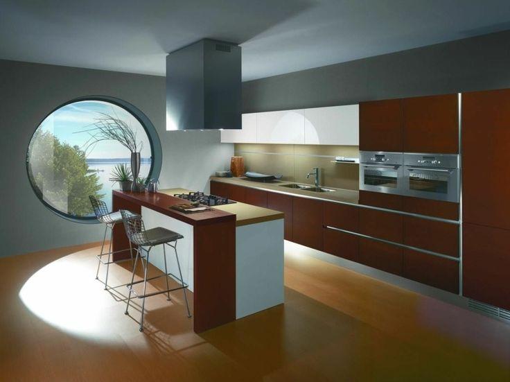 Die Kochinsel Der Section 8 Küche Besitzt Unter Anderem Eine Rotbraune Farbe