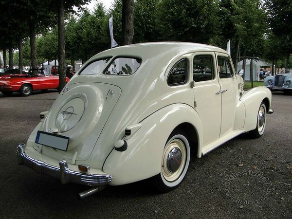 Opel Kapitan 1948-1950