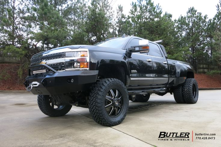 Chevrolet 3500HD Dually with 22in Fuel Maverick Wheels   #butlertire #Chevrolet #3500HD #Dually #FuelWheels #offroad #truck #wheels #tires