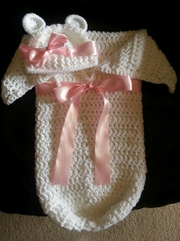 Crochet baby cocoon and hat set